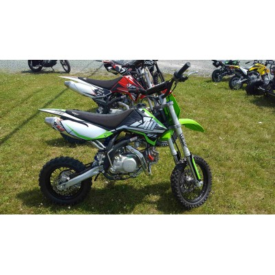Apollo RFZ 110cc Motocross  Pit Bike Dirt Bike Enfant Adolecent Petite motos.